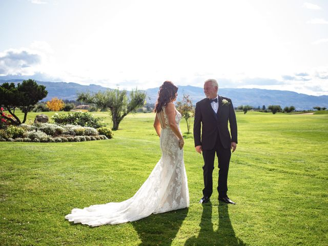 Dan and Michele's wedding in Kelowna, British Columbia 11