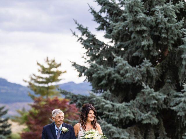 Dan and Michele's wedding in Kelowna, British Columbia 36