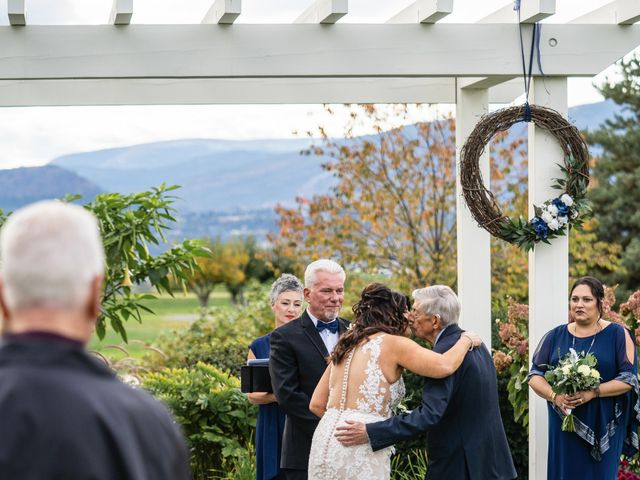 Dan and Michele's wedding in Kelowna, British Columbia 40