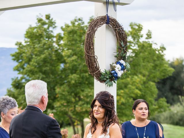 Dan and Michele's wedding in Kelowna, British Columbia 46