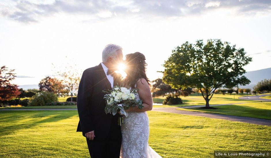 Dan and Michele's wedding in Kelowna, British Columbia