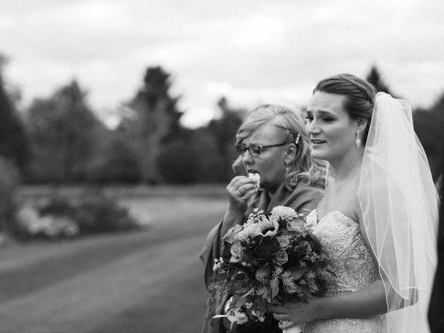 Thomas and Dena's wedding in Pontypool, Ontario 8