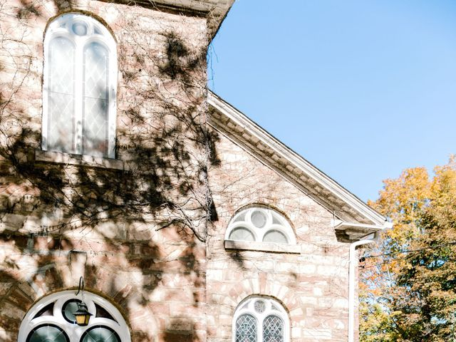 Mark and Amanda's wedding in Hamilton, Ontario 4