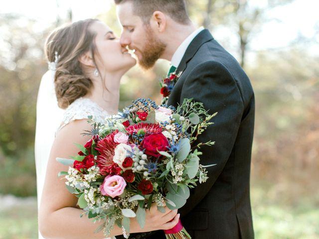 Mark and Amanda's wedding in Hamilton, Ontario 11