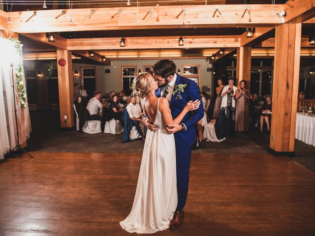 Dillon and Courtney's wedding in Courtenay, British Columbia 4