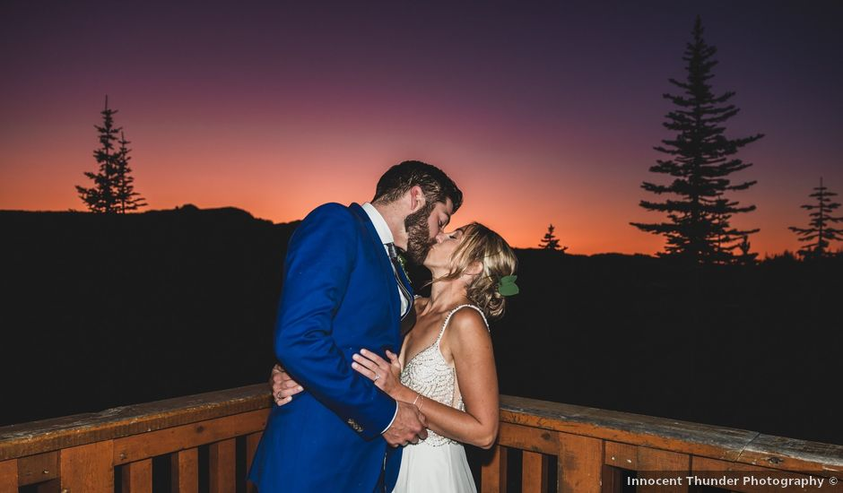 Dillon and Courtney's wedding in Courtenay, British Columbia