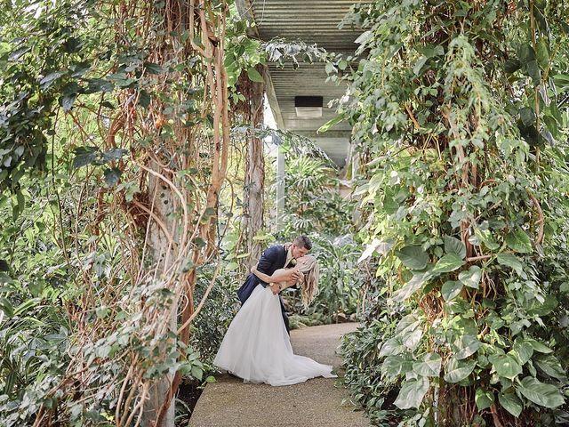 Chris and Laura's wedding in Cambridge, Ontario 22