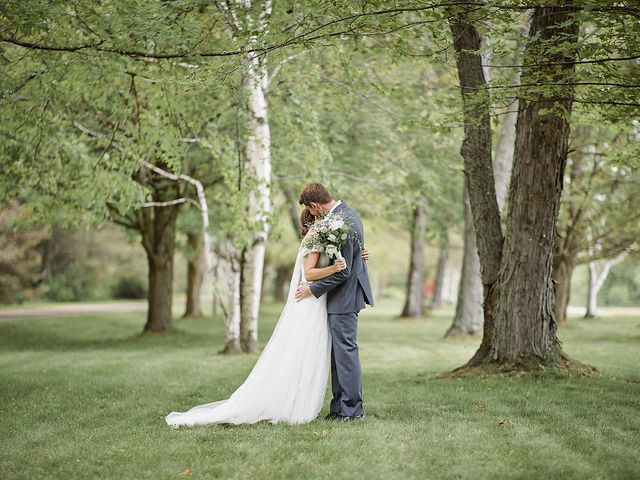 Meriah and Jacob's wedding in Bradford, Ontario 15