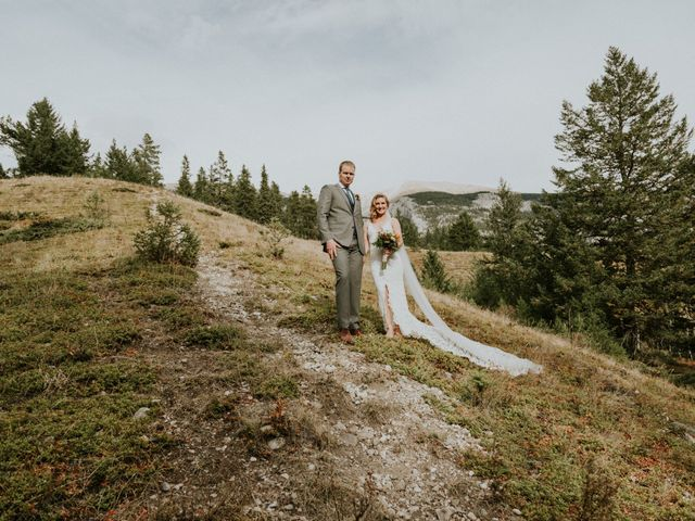 Aaron and Lisa's wedding in Canmore, Alberta 31