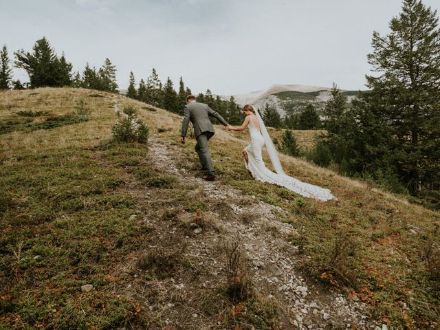 Aaron and Lisa's wedding in Canmore, Alberta 43