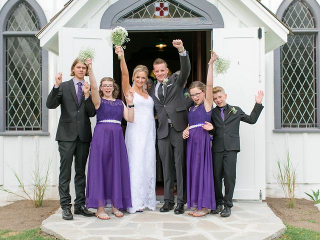 Mark and Jenn's wedding in Jordan Station, Ontario 1