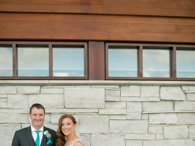 David and Leanne's wedding in Niagara Falls, Ontario 17