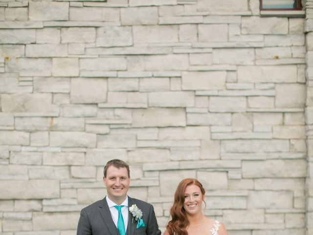 David and Leanne's wedding in Niagara Falls, Ontario 27