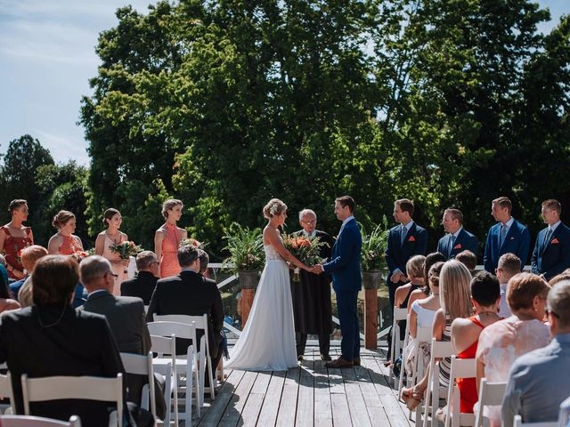Steve and Claire's wedding in Vancouver, British Columbia 7