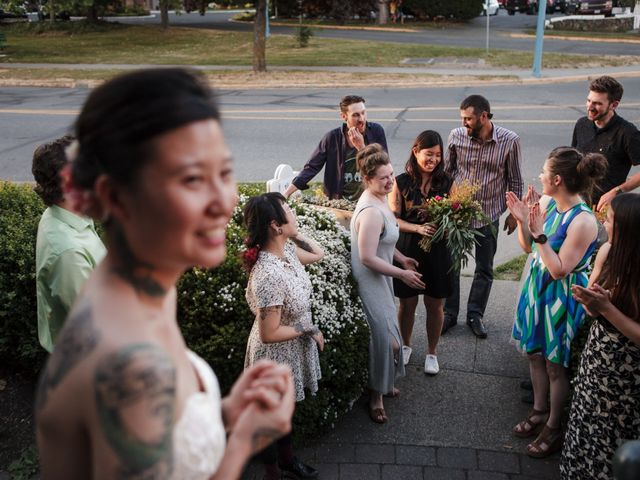 Timothy and Artemis's wedding in Victoria, British Columbia 60