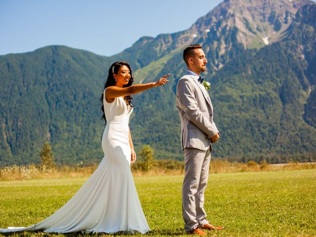 Joane and Mike's wedding in Agassiz, British Columbia 5