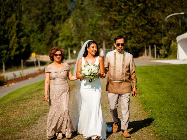 Joane and Mike's wedding in Agassiz, British Columbia 17