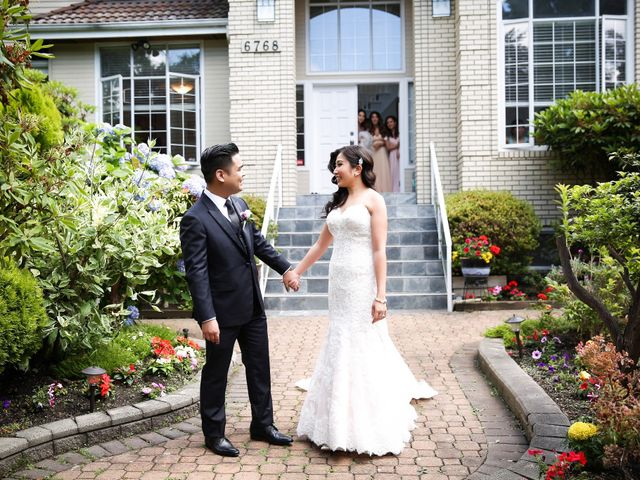 Hugh and Kelly's wedding in Vancouver, British Columbia 27