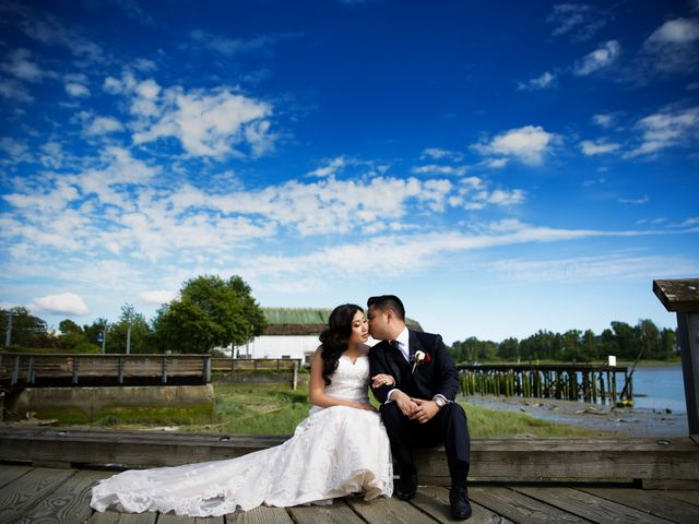 Hugh and Kelly's wedding in Vancouver, British Columbia 33
