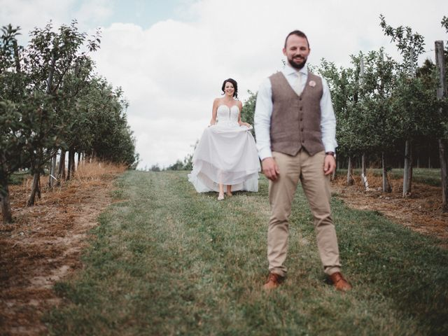 Tom and Meg's wedding in Prince Edward County, Ontario 57