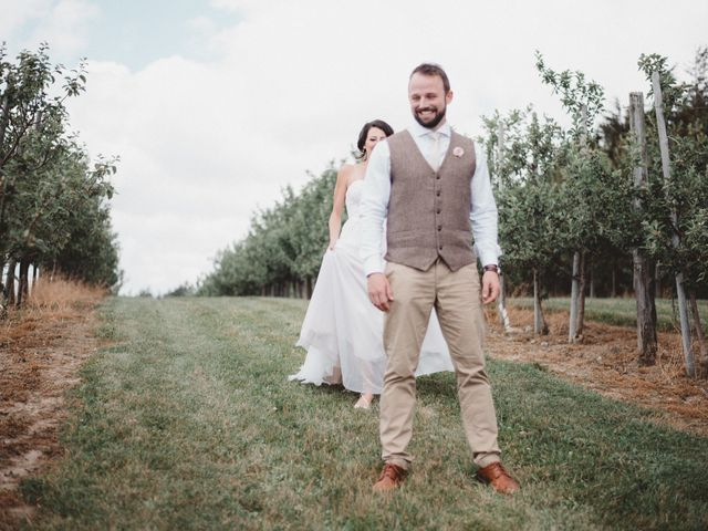 Tom and Meg's wedding in Prince Edward County, Ontario 58