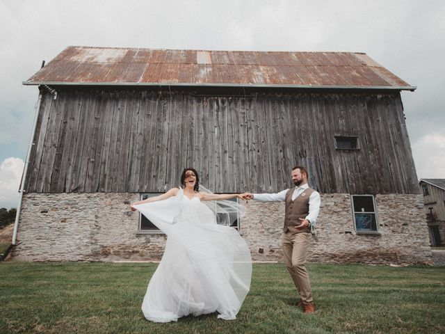 Tom and Meg's wedding in Prince Edward County, Ontario 114
