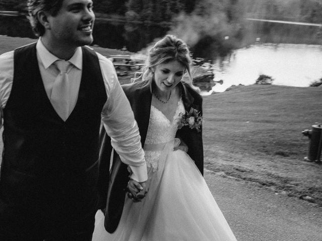 Jordan and Alex's wedding in Grenville-Sur-La-Rouge, Quebec 77