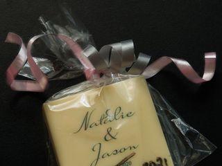 LauraBella Custom Cakery 4