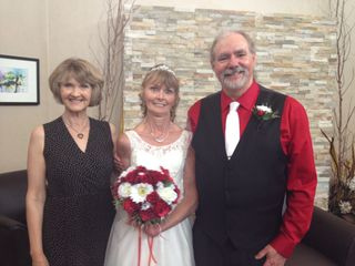 Suzanne Myers, Professional Celebrant & Wedding Officiant 7