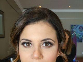 Victoria Barrett Makeup & Hair Artistry 5
