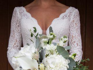 Julianne Young Weddings 7