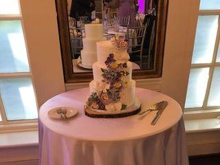 Dolcezza Custom Cakes 4