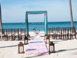 Love At First Site Destination Weddings 4