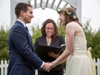 Adriana Rosselli - Humanist Wedding Officiant 5