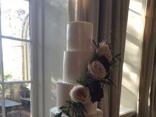 JENLA Cake 1