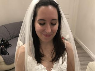 Amanda-Lina's Sposa Boutique 4