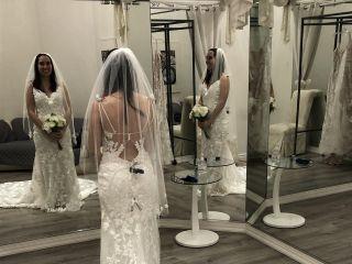 Amanda-Lina's Sposa Boutique 5