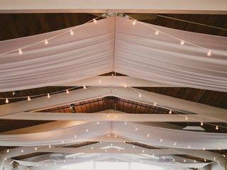The Little White Chapel - White Album Weddings 5