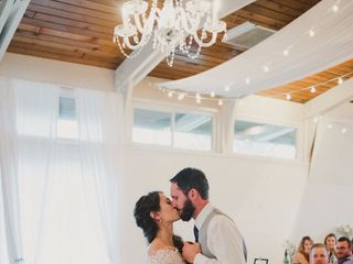 The Little White Chapel - White Album Weddings 6