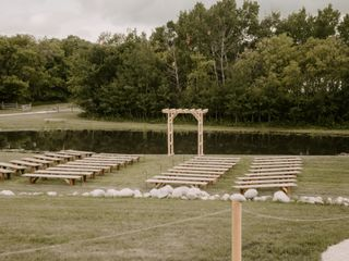 Whitetail Meadow Weddings and Events 3