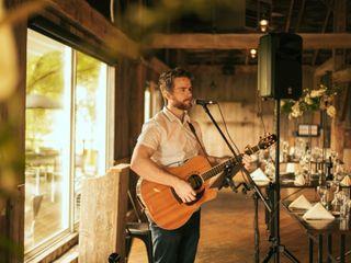 Gareth Bush - Singer Guitarist 4
