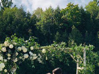 Carol-Anne Barnes Bespoke Wedding Flowers 2