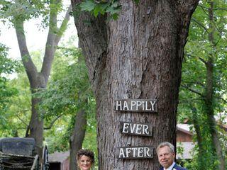 Elope Niagara's Little Log Wedding Chapel 2