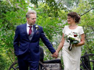Elope Niagara's Little Log Wedding Chapel 3