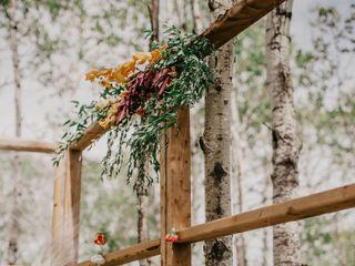 Yellow Birch Floral & Design 4