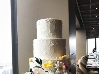 Finespun Cakes & Pastries 3