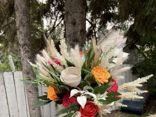 Heart and Sola Canada - Artificial Flowers 3