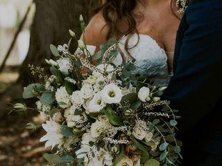serendipity florals 2