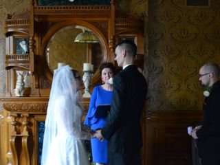 Tracy Sweet - Ontario Wedding Officiant 1