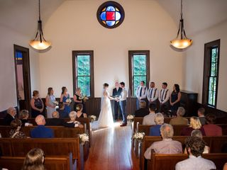 The Little White Chapel - White Album Weddings 3